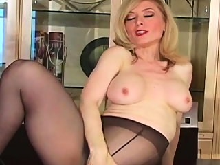 big boobs,blonde,masturbation