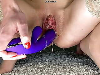 amateur,masturbation,squirting